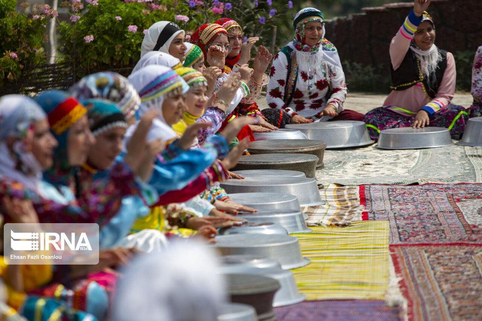 لگن نوازی زنان در مازندران + تصاویر